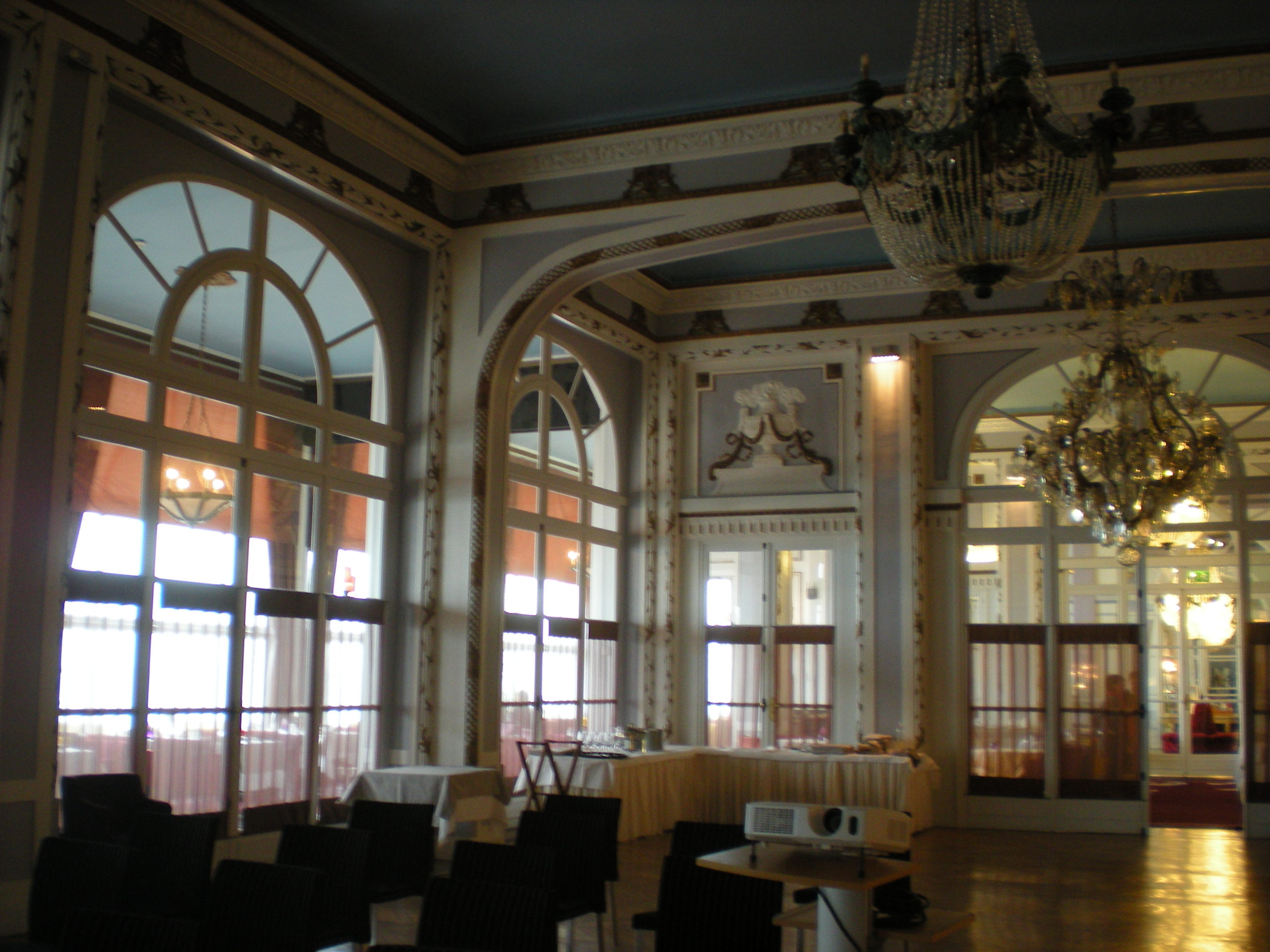grand hotel cabourg restaurant