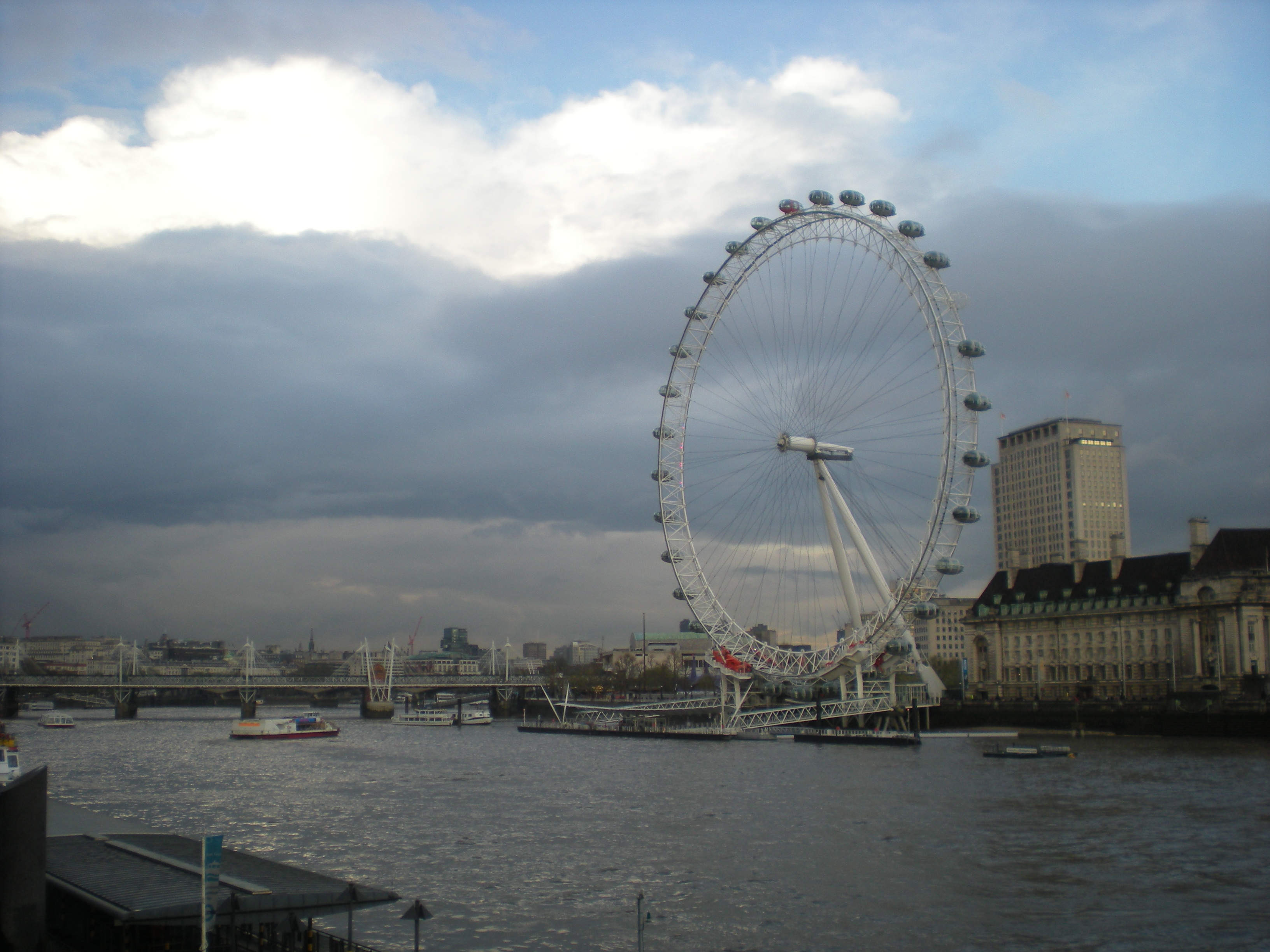 27 london eye