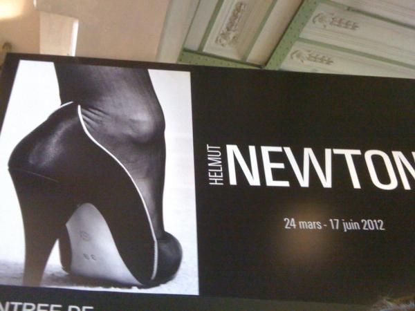 helmut newton expo paris 2012
