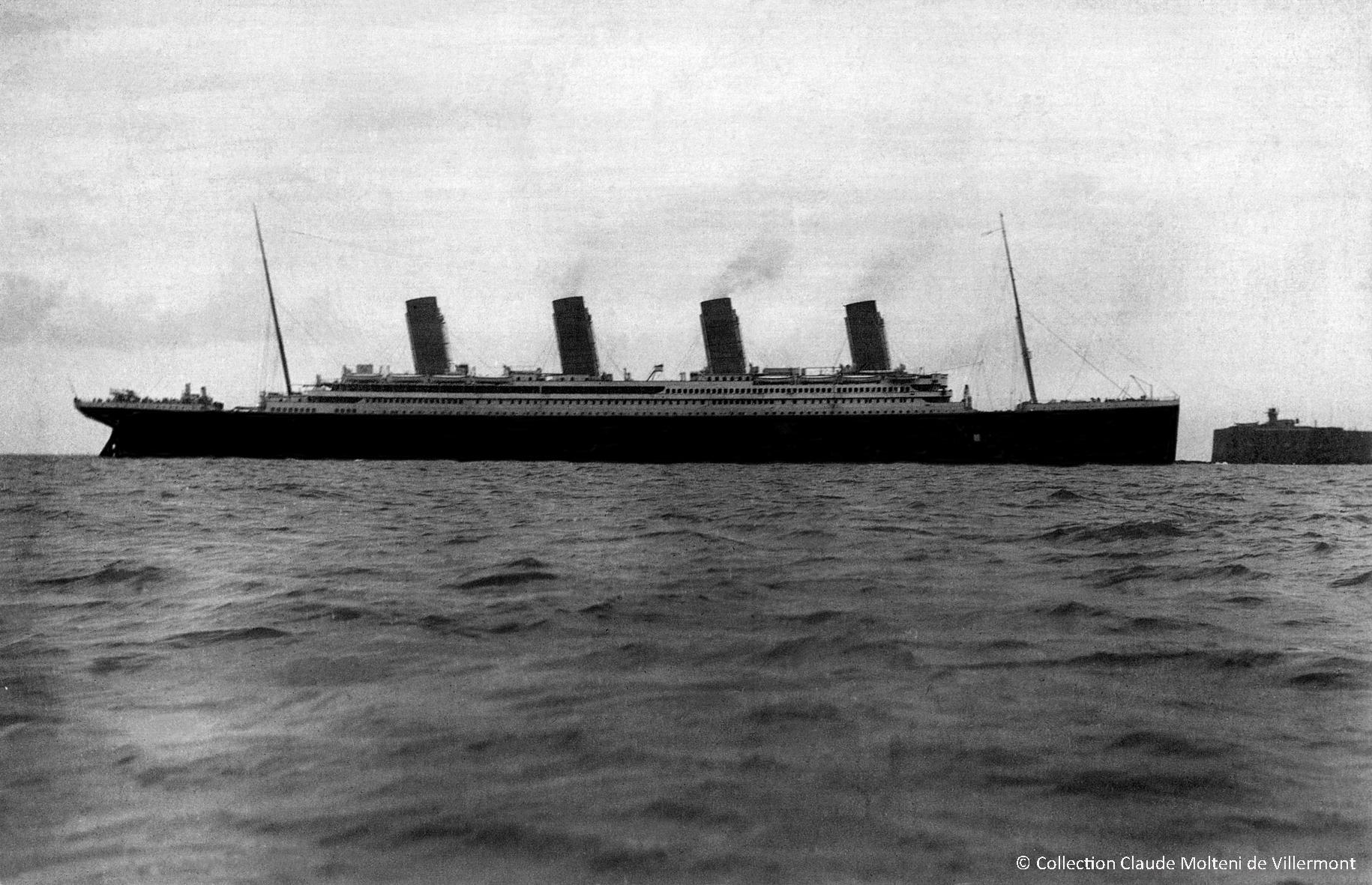 Le Titanic en rade de Cherbourg, le 10 avril 1912