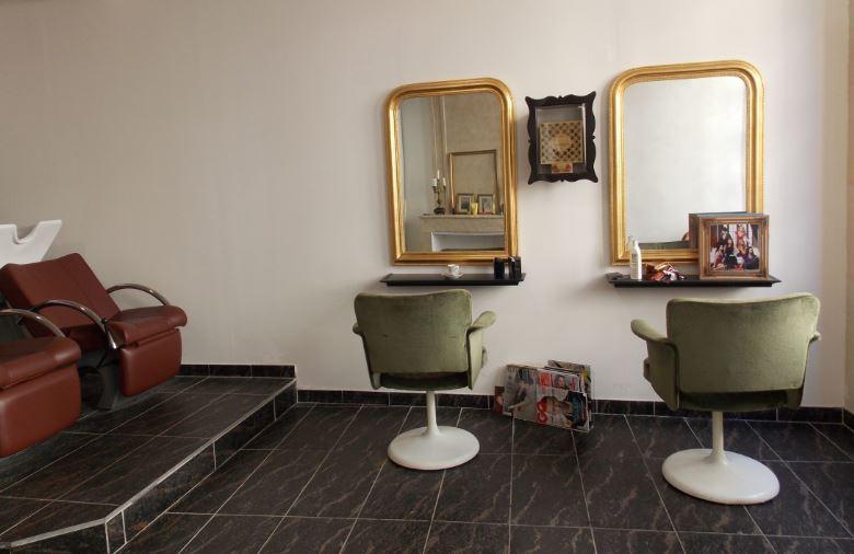 un rasage l 39 ancienne chez joakim coiffeur barbier caenapr s la pluie le beau temps. Black Bedroom Furniture Sets. Home Design Ideas