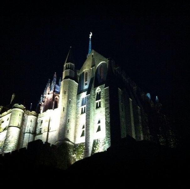 Manche Box Mont Saint Michel nuit