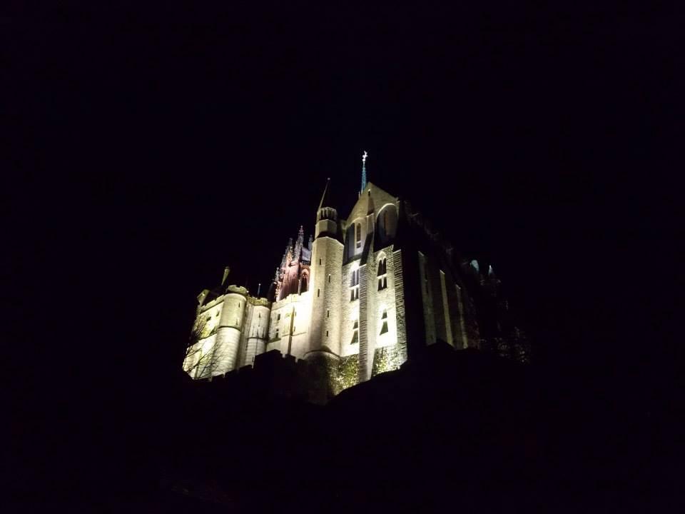 mont saint michel de nuit 3