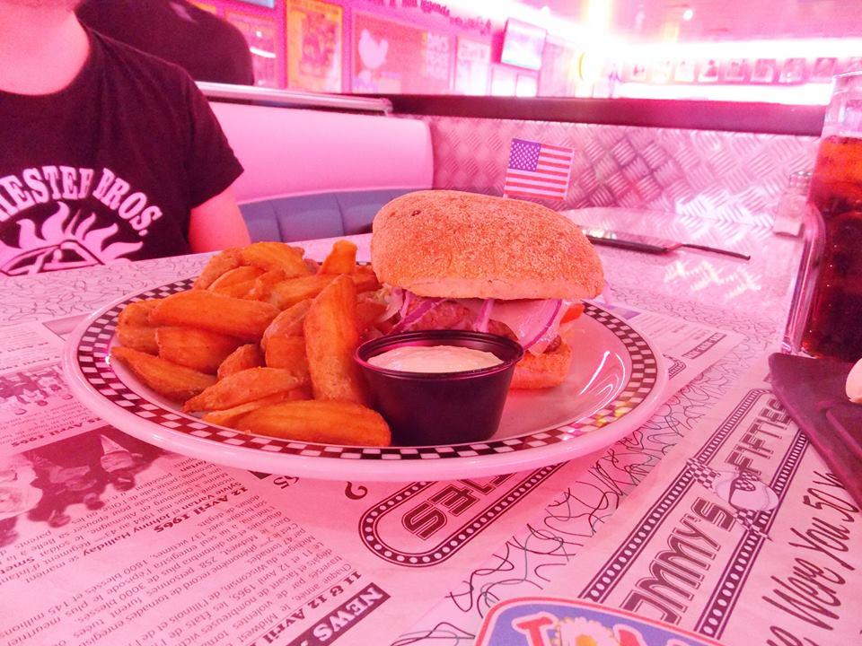 tommy's diner burger