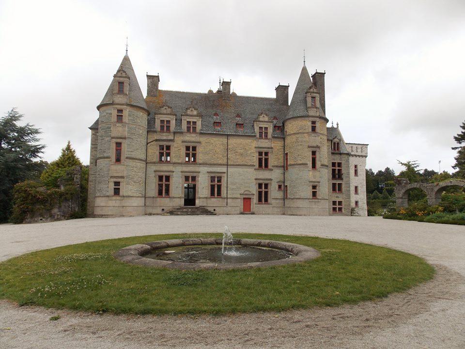 chateau des ravalet
