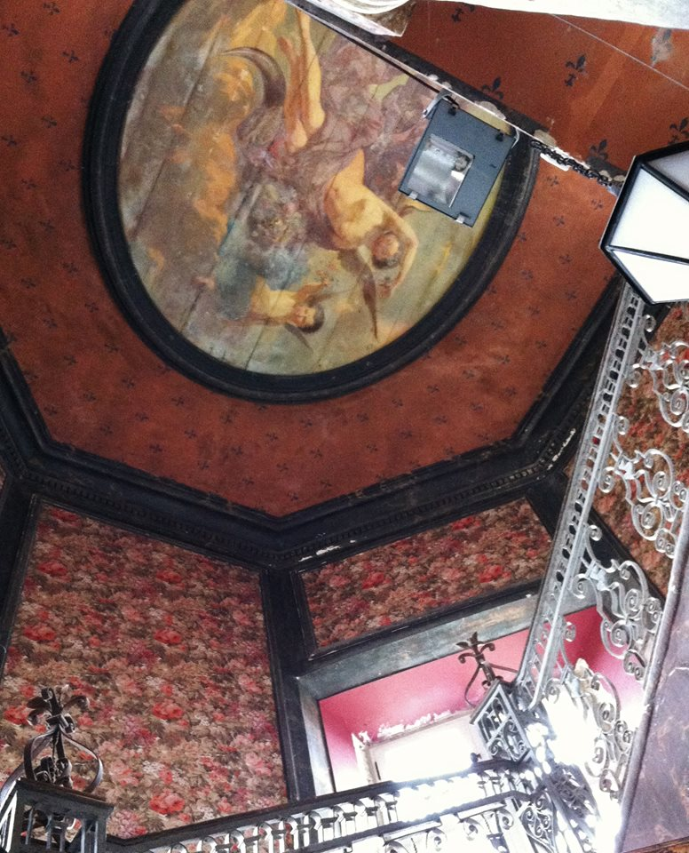 escalier chateau des ravalet