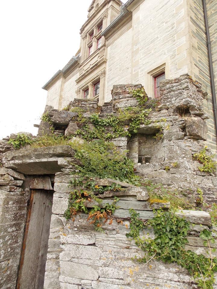 tour medievale chateau des ravalet