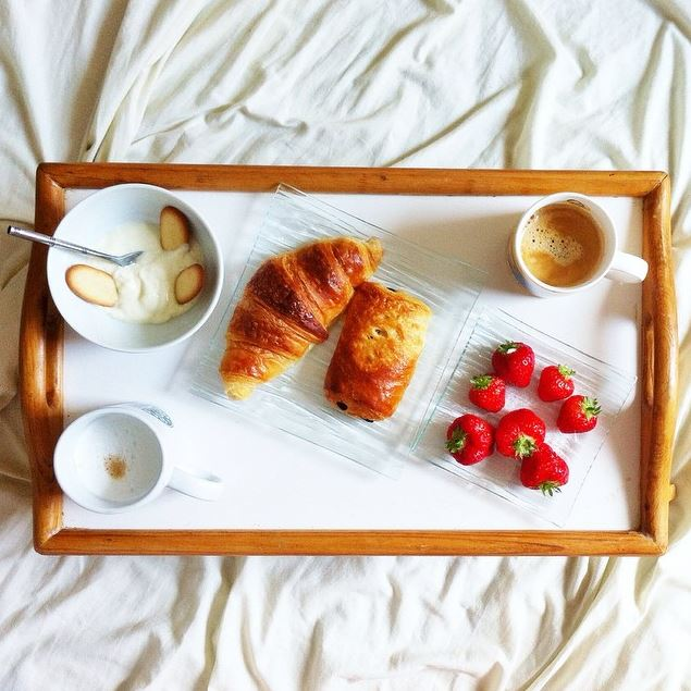z petit déj au lit
