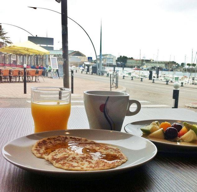 z petit dejeuner hotel ambassadeur cherbourg
