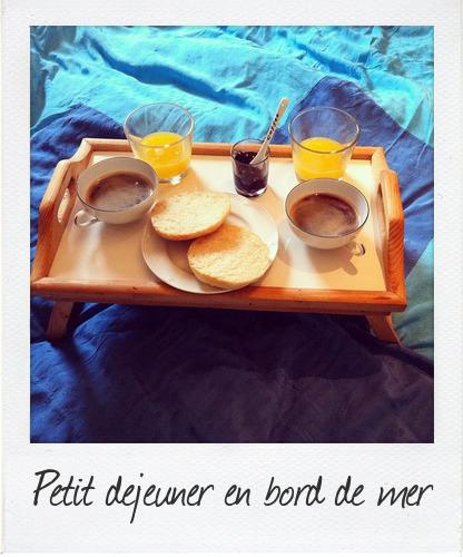 petit déjeuner en bord de mer
