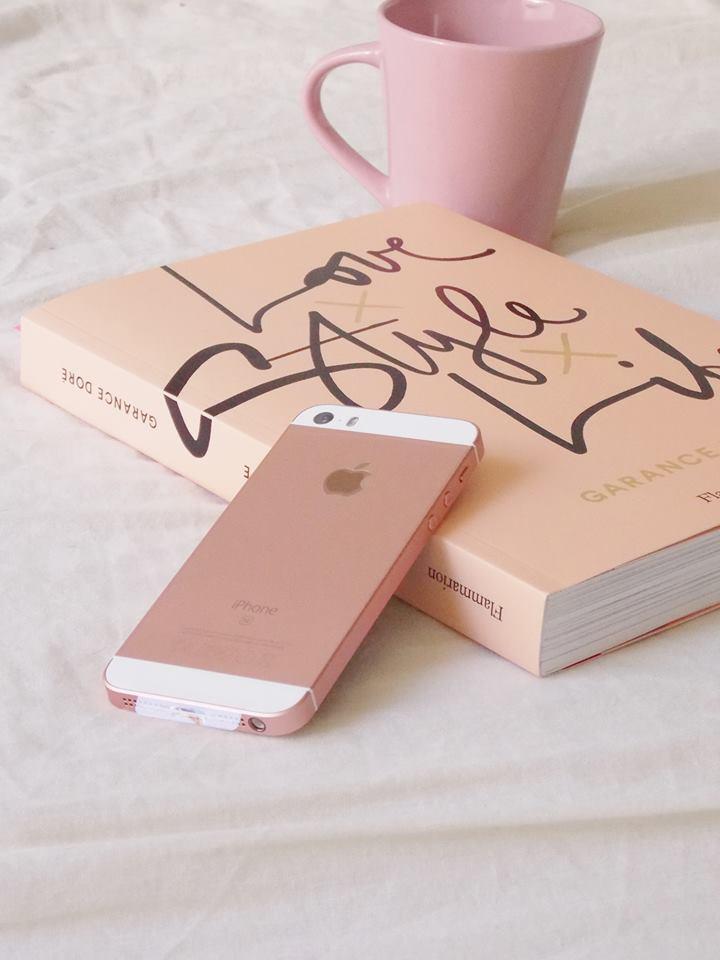 iphone or rose