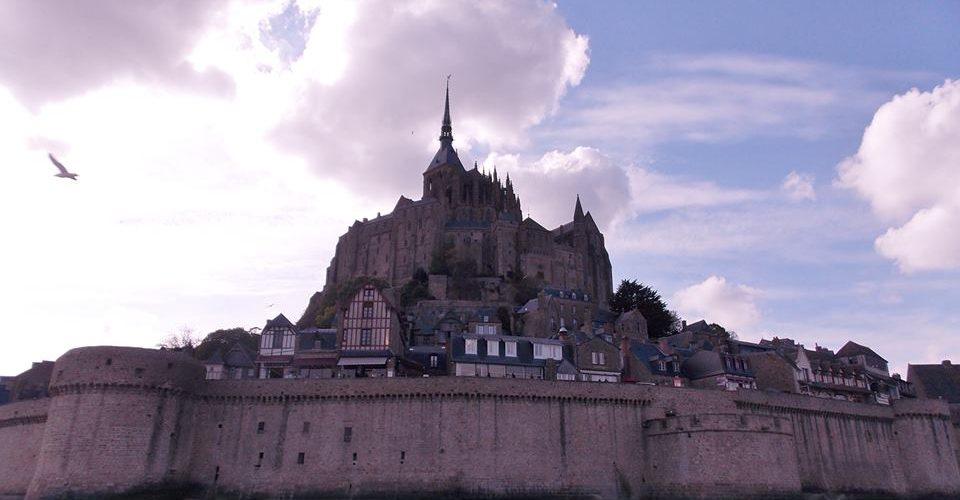 Une nuit l 39 auberge de la m re poulard sur le mont saint - Office du tourisme mont saint michel ...